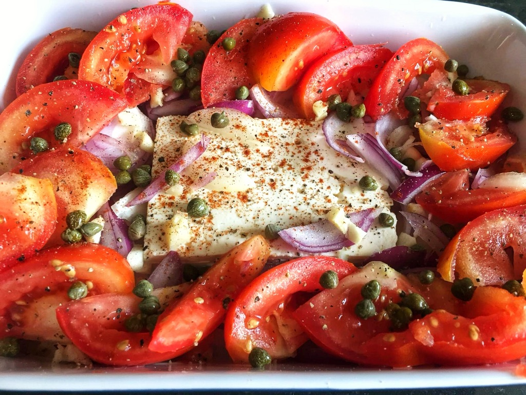 feta cheese with fresh tomatoes