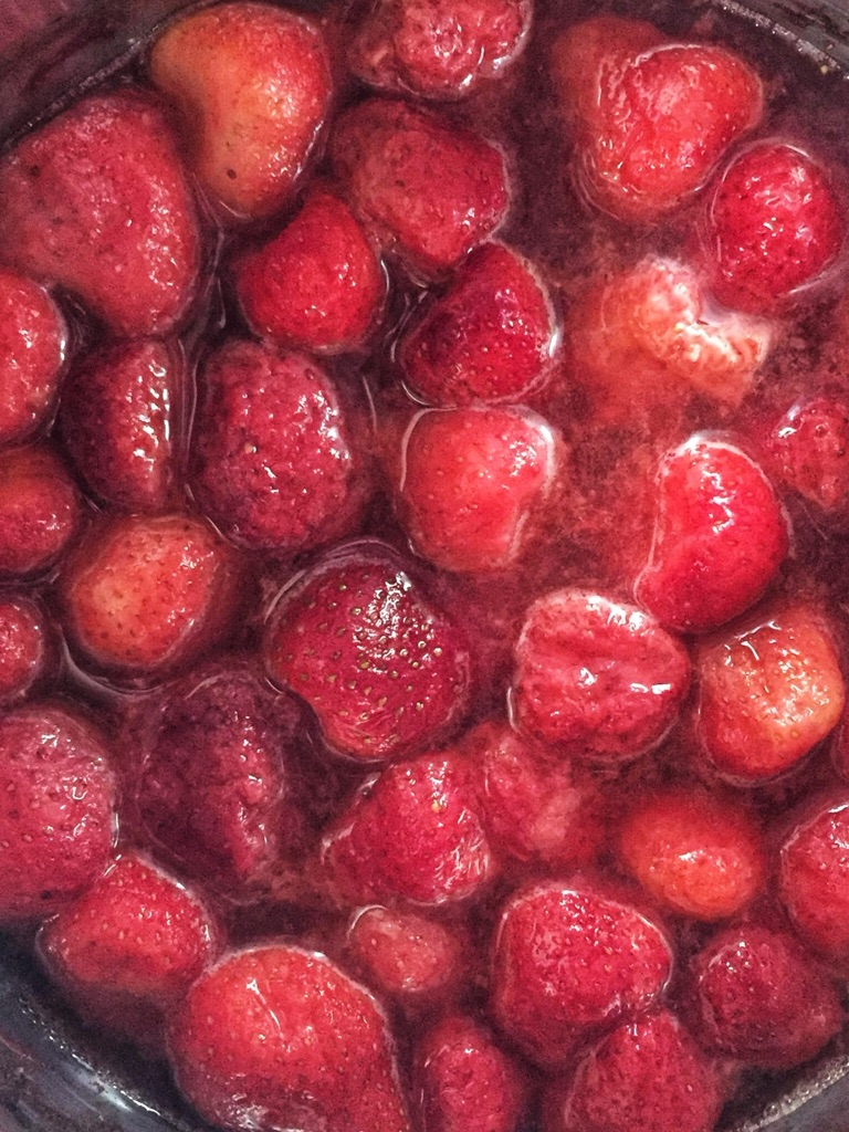 i use frozen berries for the strawberry jam